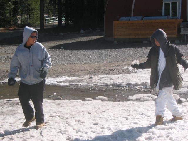 2007 Snow Trip Snowball Fight